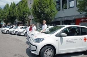 Seit Mai gehören sechs VW eco up! zum umweltschonenden Fuhrpark des DRK Göppingen. Foto: DRK Göppingen